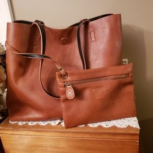 GH BASS tote with matching zip pouch Camel color